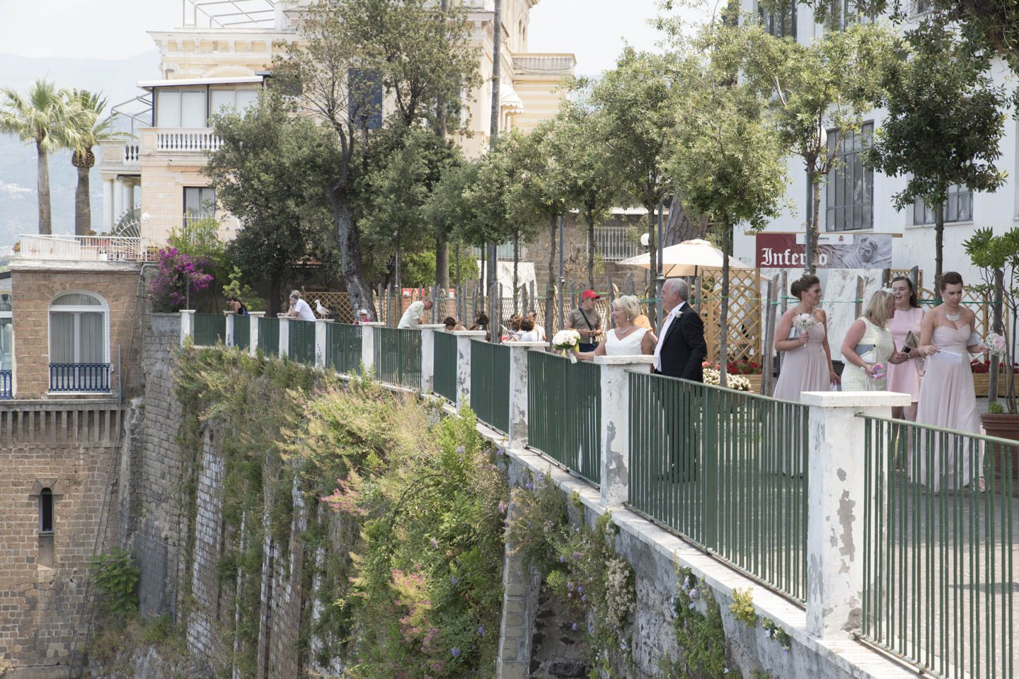 FineArt_Studio_Wedding_Sorrento_Neil&Sue_Villa_Comunale