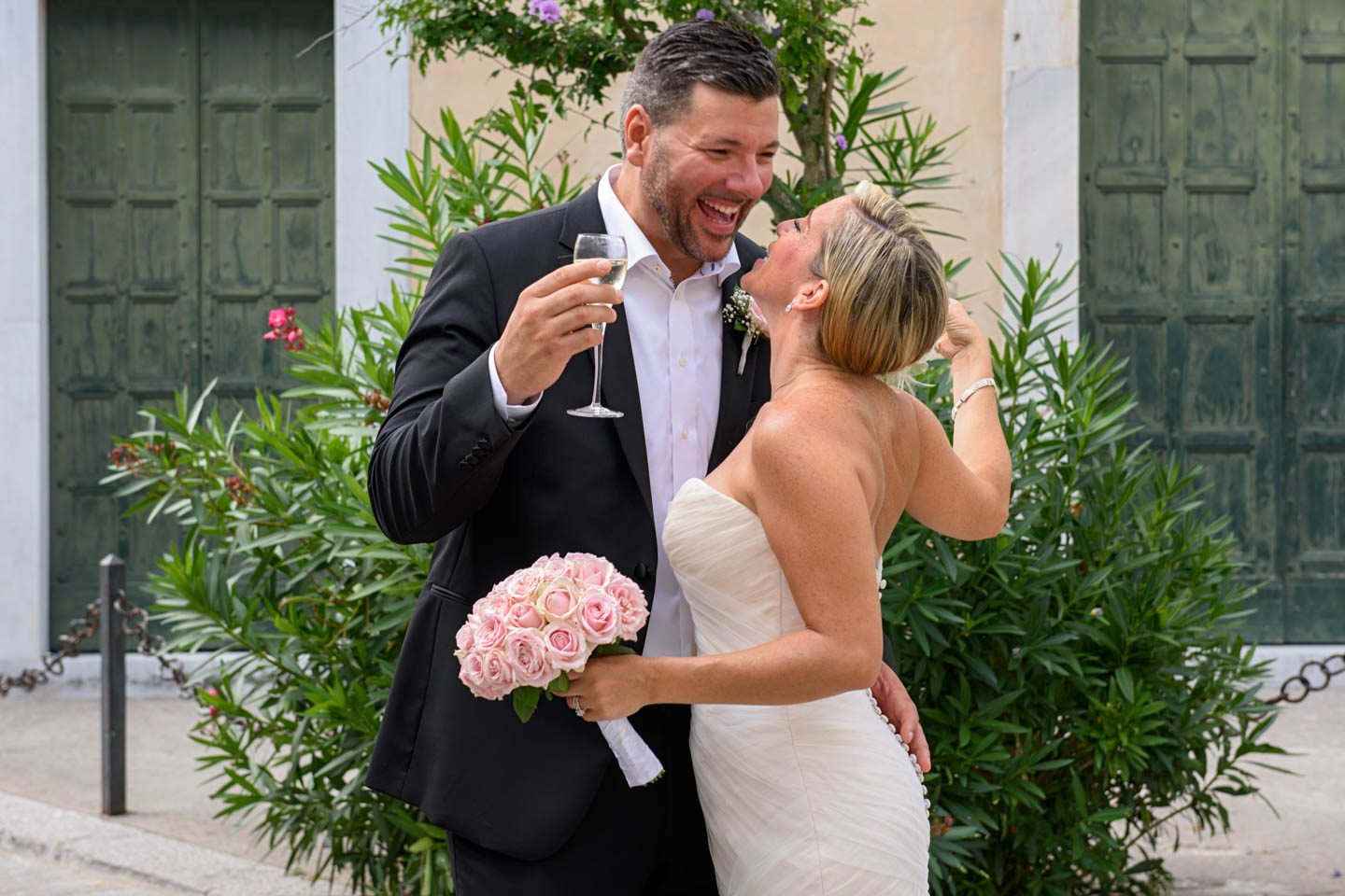 Peter & Denise_Ravello_Wedding_Love_Smile