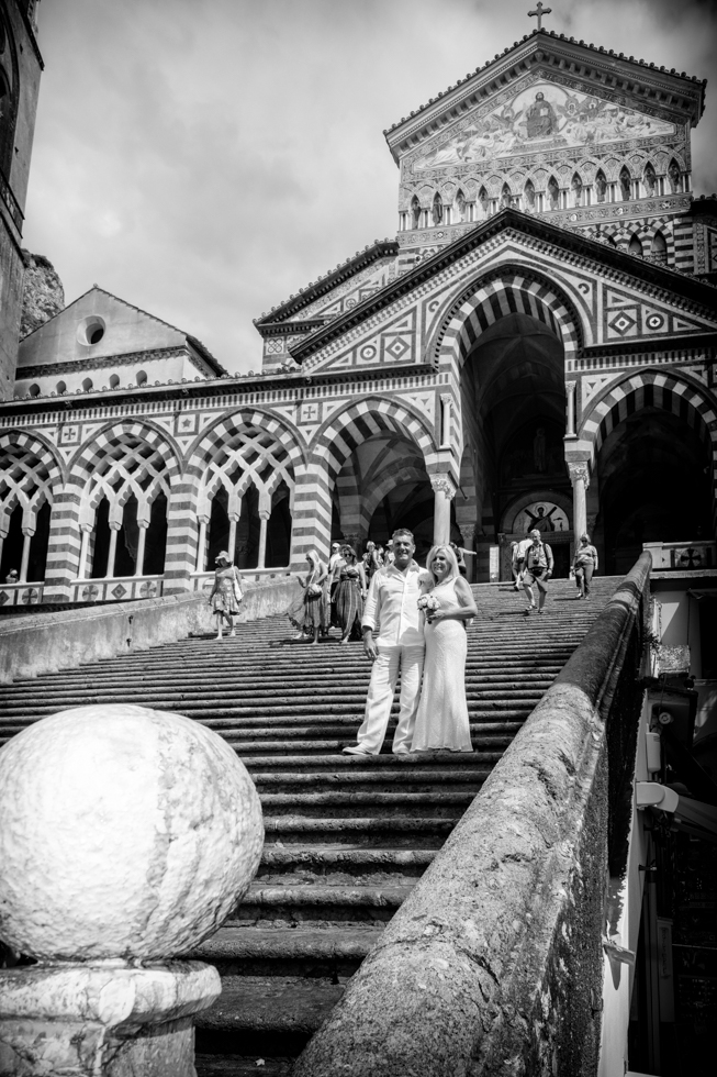 FineArt_Studio_Wedding_In_Amalfi_Paul&Lynne_Street_Black&White