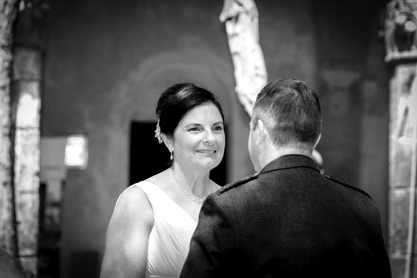 Russell & Linda_Wedding_Sorrento_Scotland_Groom_Bride_BW