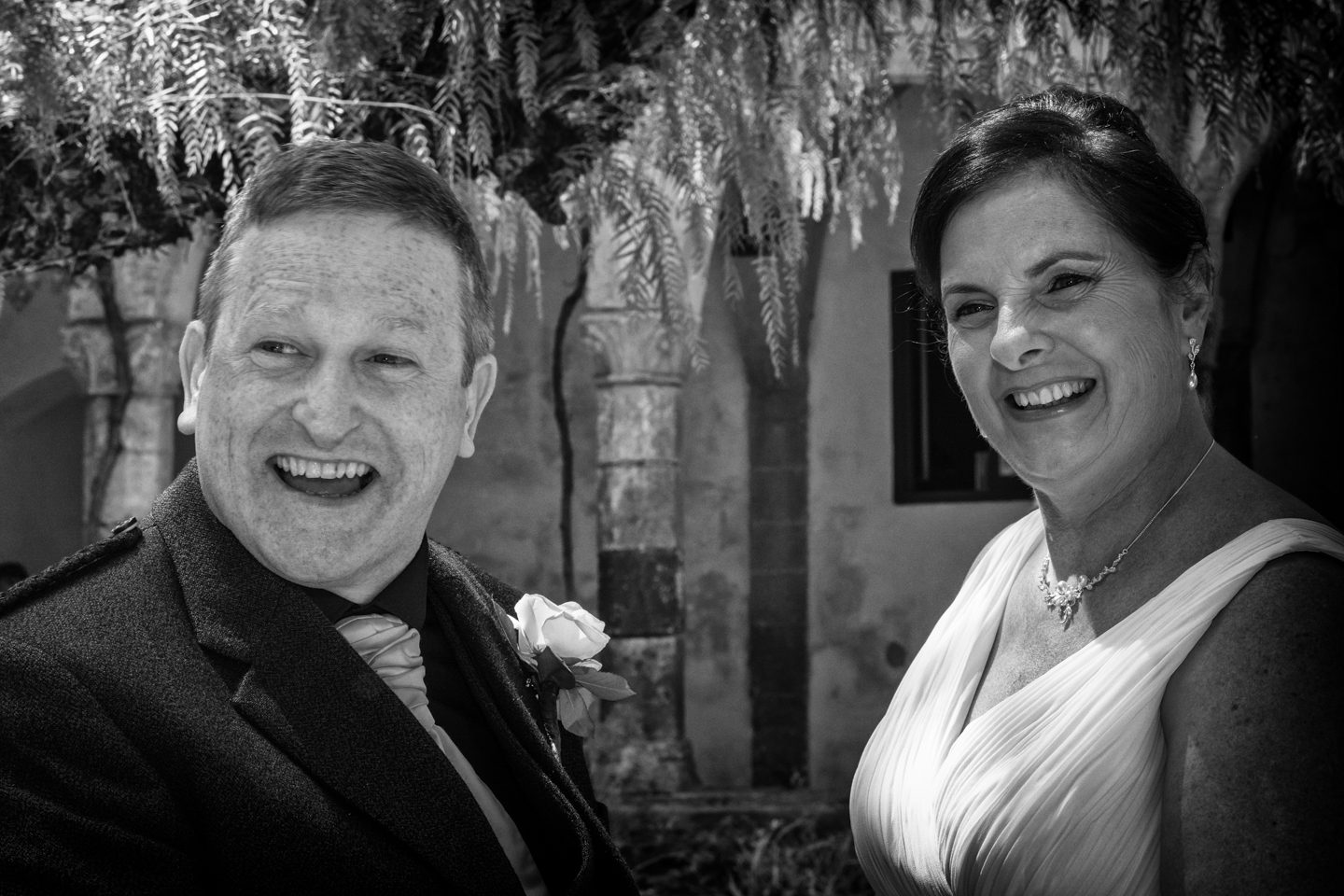 Russell & Linda_Wedding_Sorrento_Scotland_Together_Sun_Smile_BW